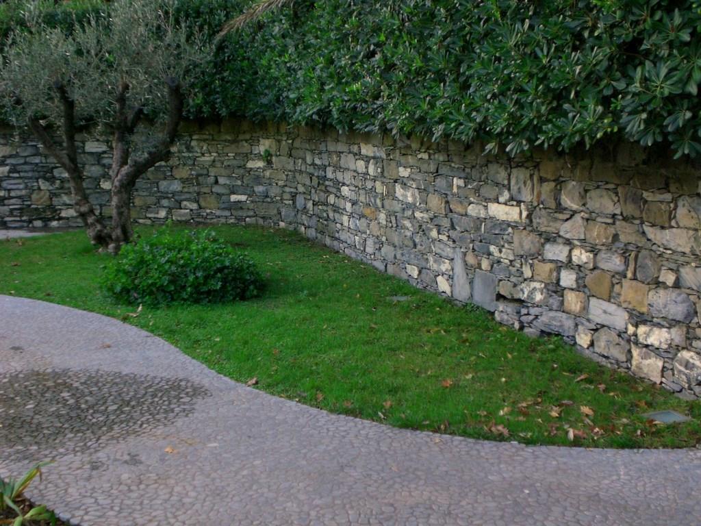 Il giardino dei giorgi lavagna allestimento giardini for Allestimento giardino